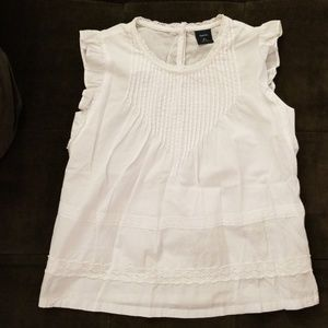 Gap crochet detail top